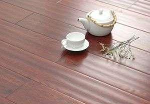 企业生产成本持续走高  实木地板涨价势在必行洪湖
